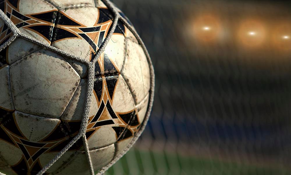 """Esalogo di un """"attempato dittatore"""" innamorato del calcio"""