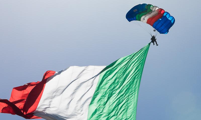 L'Italia paracadutista