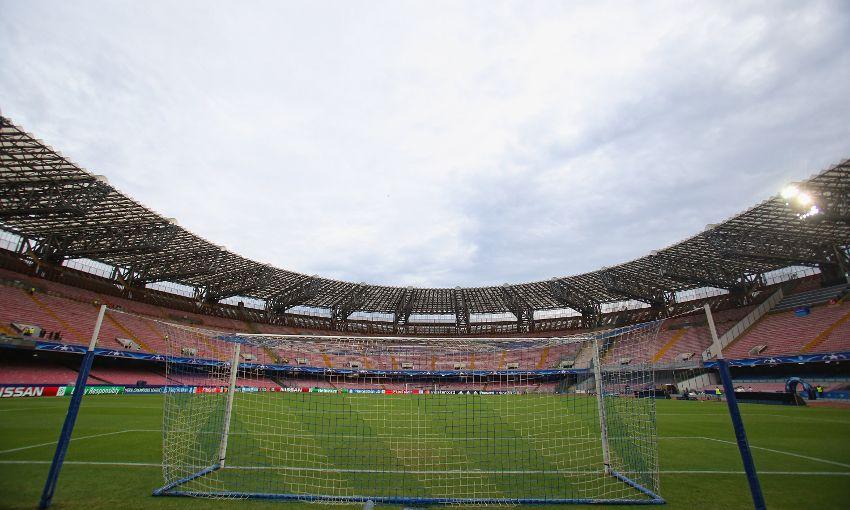 Il Liverpool ai tifosi: non andate in giro da soli per Napoli