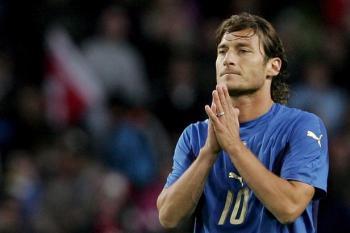 5 motivi per i quali Totti merita la convocazione in Nazionale