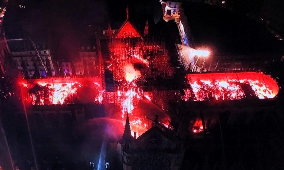 Notre Dame, quando è il fuoco a distruggere la Storia