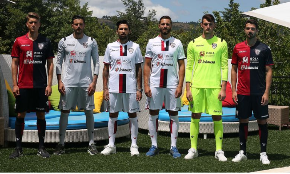 Cagliari: presentate le maglie per la stagione 2018/19